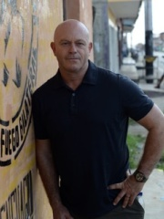 Photo of Ross Kemp