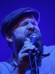 Photo of Alex Clare