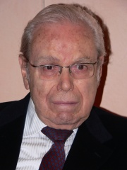 Photo of Javier Pérez de Cuéllar