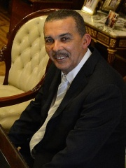 Photo of Anthony Carmona