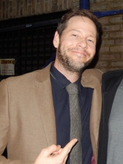 Photo of Ike Barinholtz