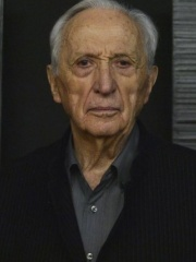 Photo of Pierre Soulages
