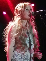 Photo of Clare Bowen