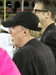 Photo of Phil Knight