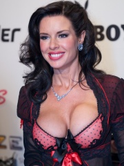 Photo of Veronica Avluv