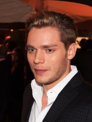 Photo of Dominic Sherwood