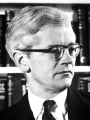 Photo of John Kendrew