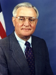 Photo of Walter Mondale