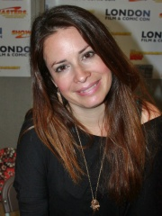 Photo of Holly Marie Combs