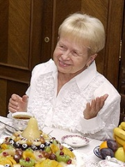 Photo of Aleksandra Pakhmutova