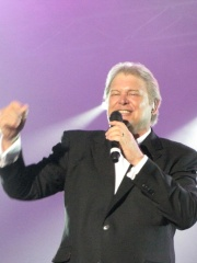 Photo of John Farnham