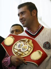 Photo of Lucian Bute