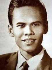 Photo of Suraphol Sombatcharoen