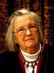 Photo of Elinor Ostrom
