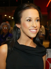 Photo of Lacey Chabert