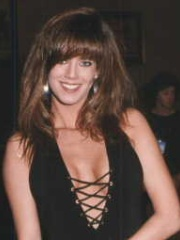 Photo of Racquel Darrian