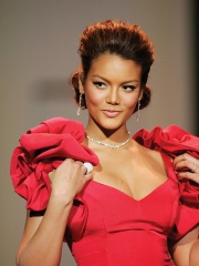 Photo of Zuleyka Rivera