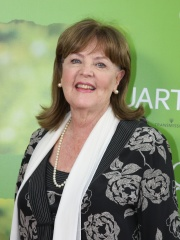 Photo of Pauline Collins
