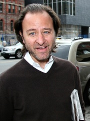 Photo of Fisher Stevens