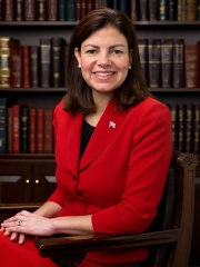 Photo of Kelly Ayotte