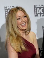 Photo of Jennifer Finnigan