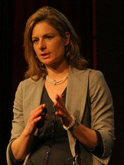 Photo of Lisa Randall