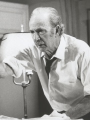 Photo of Jack Albertson