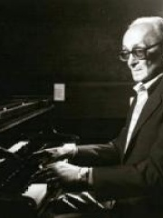 Photo of Osvaldo Pugliese