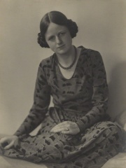 Photo of Joan Robinson