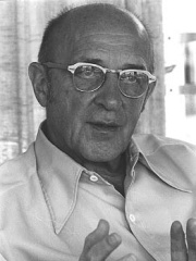 Photo of Carl Rogers