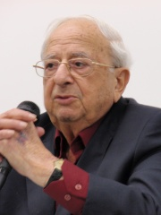 Photo of Yitzhak Navon