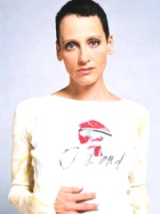 Photo of Lori Petty