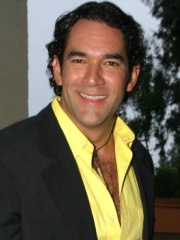 Photo of Eduardo Santamarina