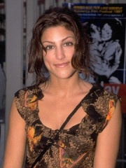 Photo of Jennifer Esposito
