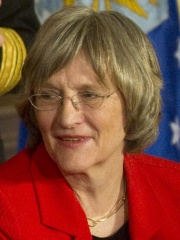 Photo of Drew Gilpin Faust