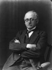 Photo of Edwin Lutyens