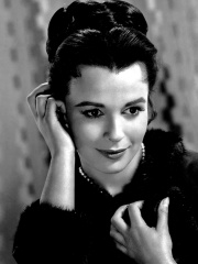 Photo of Claire Bloom