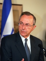Photo of Moshe Arens