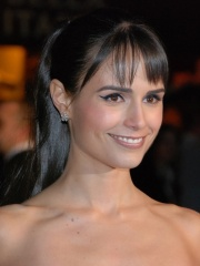 Photo of Jordana Brewster